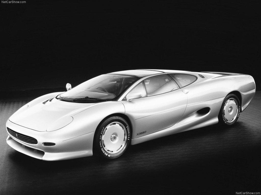 Ferrari F-40 and Jaguar XJ220